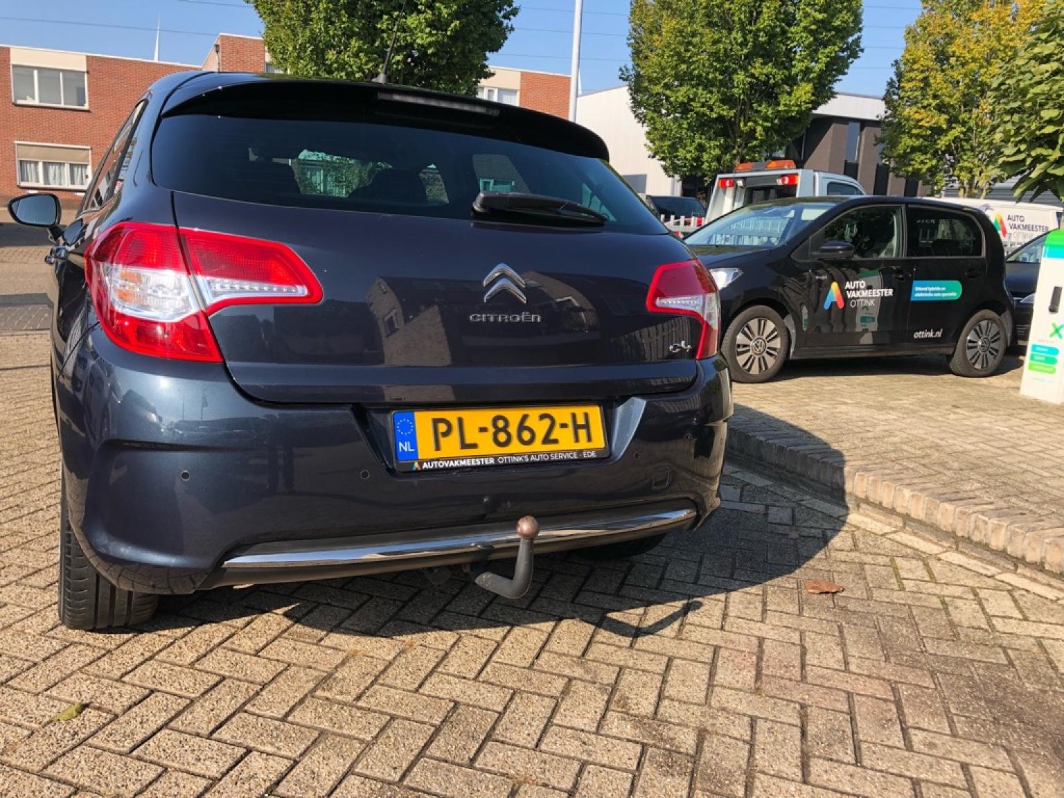 Citroën-C4-11