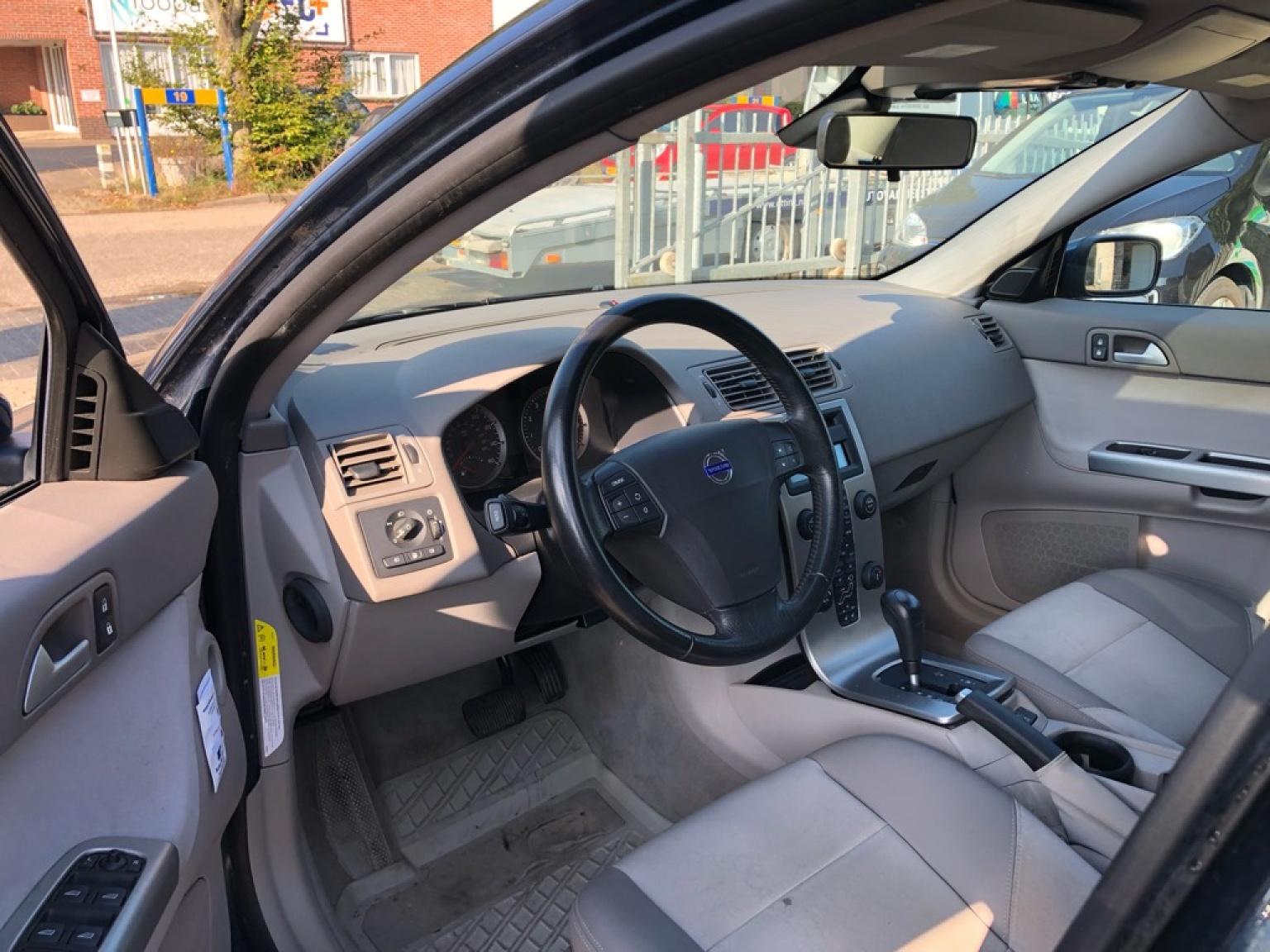 Volvo-S40-3